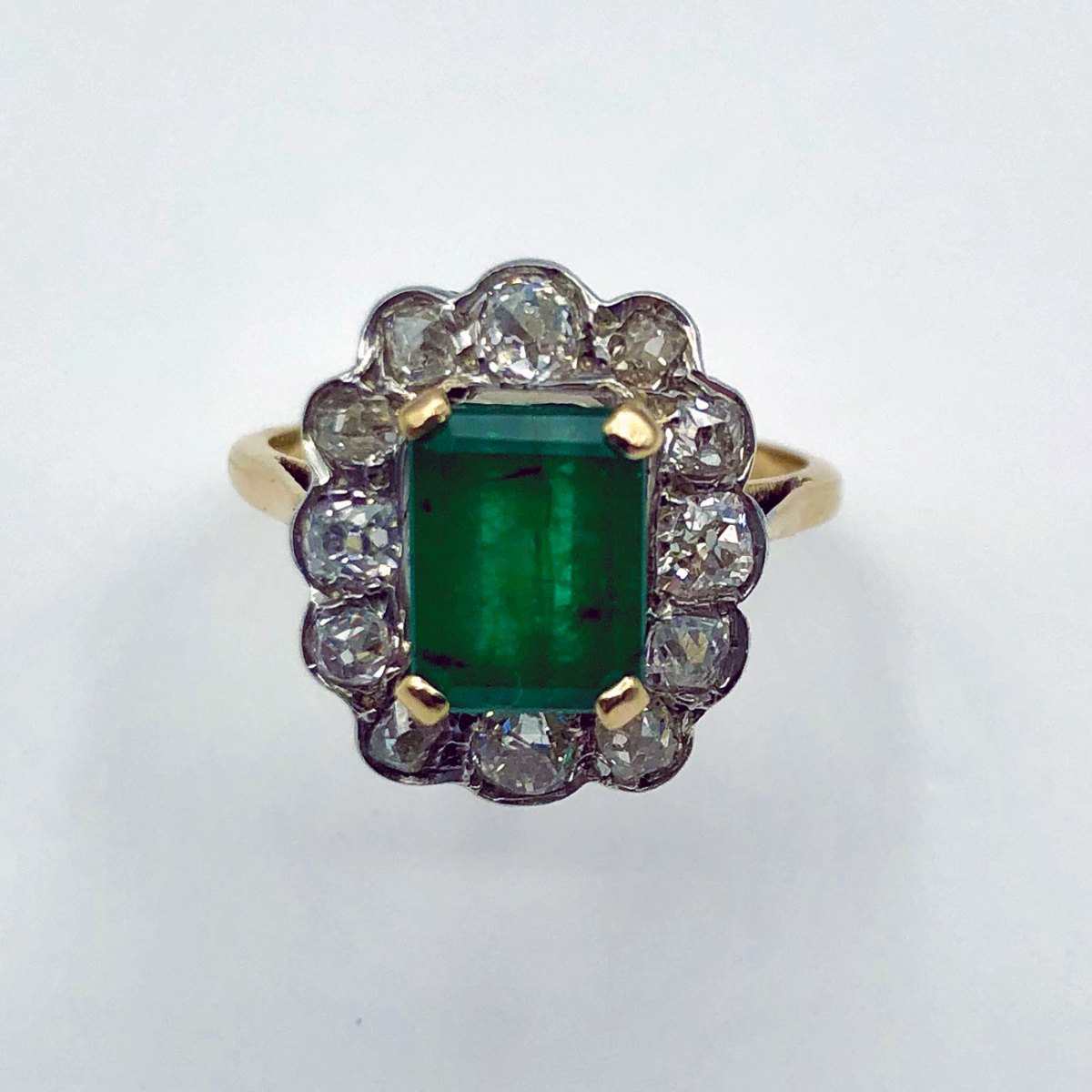 Antique Emerald and Diamonds ring, 1.52ct emerald, 1.30ct old cut diamonds, 18K yellow gold, ref BA-B17453, size 53 adjustable. | EVENOR Vintage Jewelry