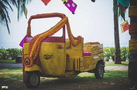 Unique Ways To Use Vehicle Props In Wedding Decor  India