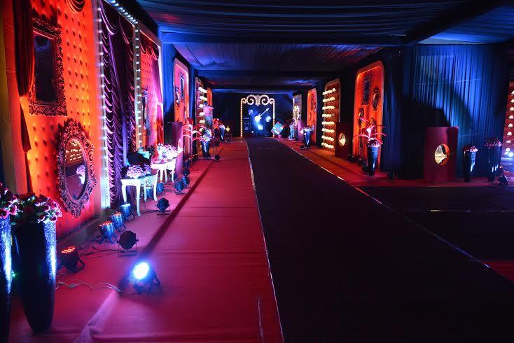 Bombay Velvet themed Sangeet by Prasang Sees Jail Inspired
