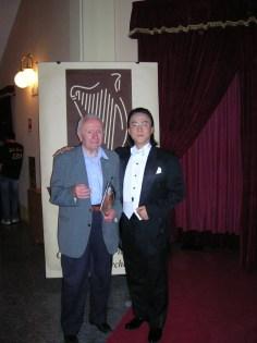 concorso canto 2006, SUK Sang Gun 1° premio e il Geometra Tiramani