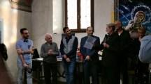 Artisti e Don Scaciga durante la presentazione