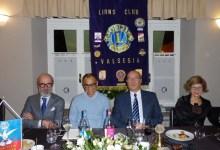 Photo of Lo scrittore e giornalista Magdi Allam ospite del Lions Club Valsesia
