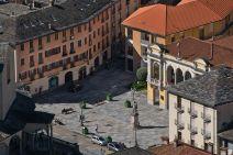 Piazza Vittorio Emanuele a Varallo ph Matthias Mandler