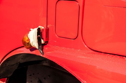 branding-eventmobil-foodtruck-messemobil-roadshow-truck-bau-koeln-8193