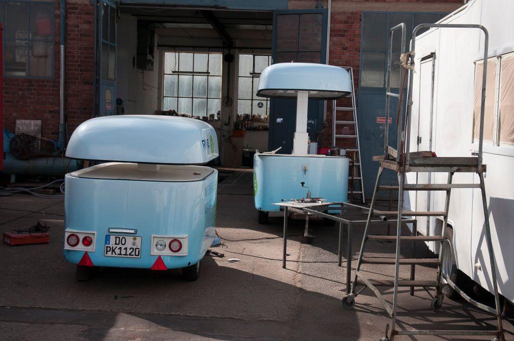 branding-eventmobil-foodtruck-messemobil-roadshow-truck-bau-koeln-8532