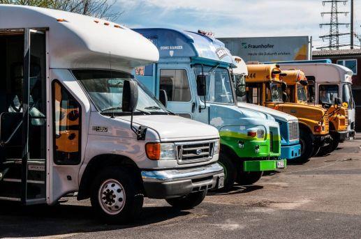 branding-eventmobil-foodtruck-messemobil-roadshow-truck-bau-koeln-8567