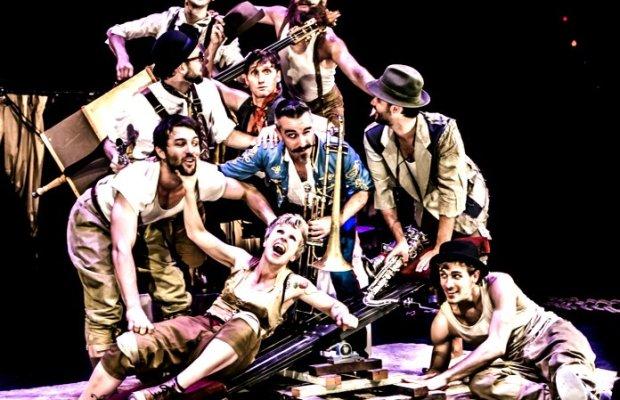 Circus,Jazz,Akrobaten,CHAMÄLEON,Zirkus,,charismatischen Akrobaten,Zirkuskompanie Company 2
