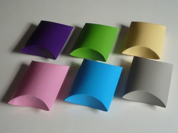 Cajas de cartn ovaladas para la presentacin de detalles