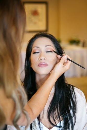 bride getting ready for wedding | STL Weddings by Events Luxe