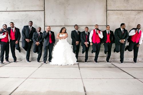 Bride & Groomsmen against wall | Events Luxe Wedding