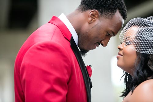 Bride & Groom red and black wedding | Events Luxe Weddings