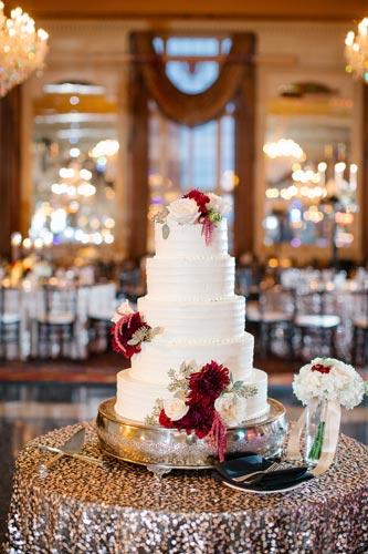 Missouri Athletic Club wedding cake table | Events Luxe Weddings