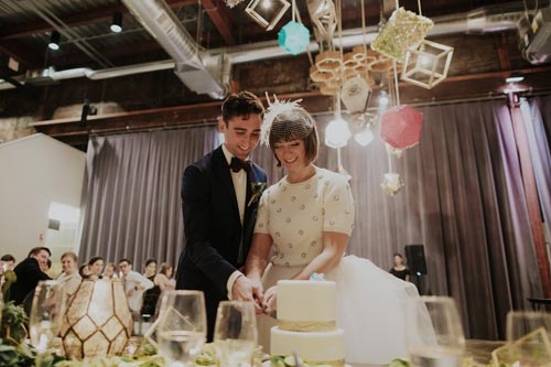 Bride & Groom cut the cake | Events Luxe Weddings