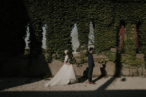 Vintage bride & groom garden shot | Events Luxe Weddings