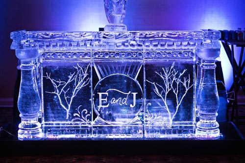 Ice Sculpture at a winter wedding | Events Luxe Weddings