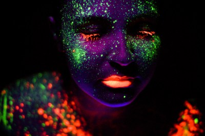 New Years Eve Neon Party @ Down Under Bar   Airlie Beach ...