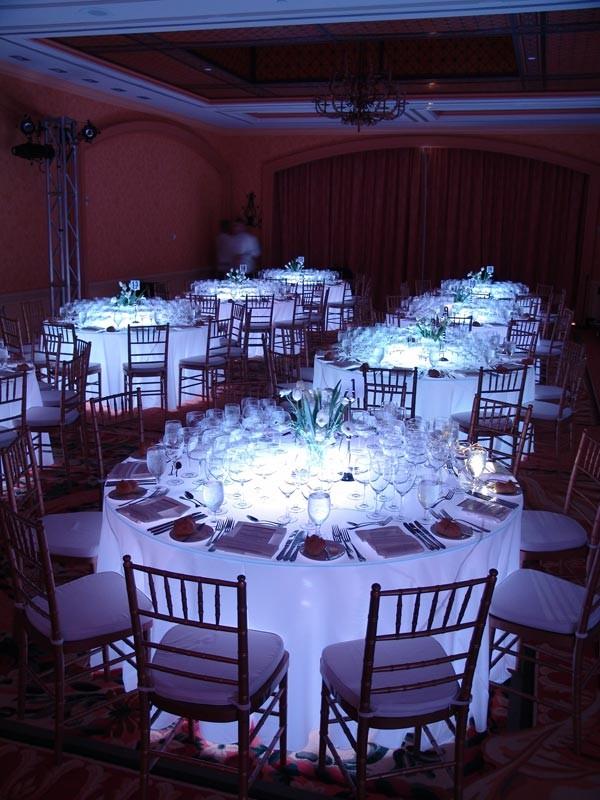 Round glow table  Event Lighting Orlando