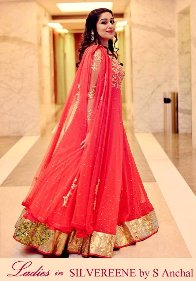 Bridal wear shopping in delhi