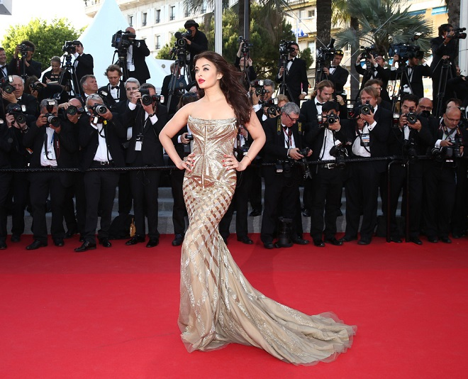 Bollywood Actresses Who Look Gorgeous After Pregnancy