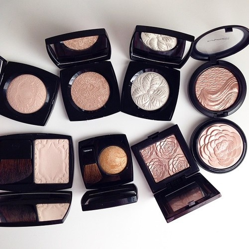 Makeup Bag Essentials for Intermediates
