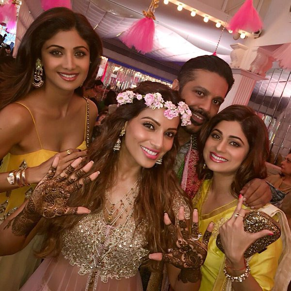Bipasha's fun-filled Mehendi cum Sangeet ceremony
