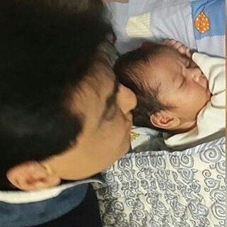 Tusshar Kapoor Becomes Proud Single Dad