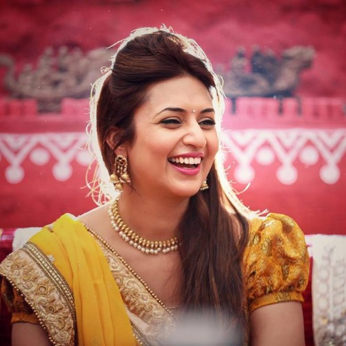Divyanka Dazzles in Her Haldi and Mehendi Ceremonies