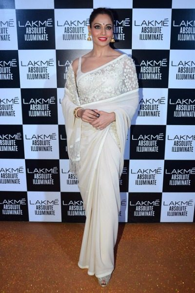 Bipasha Basu in Sabyasachi at Lakme Fashion Week 2016