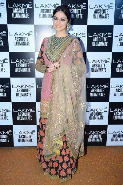 Divya Khosla Kumar in Sabyasachi at Lakme Fashion Week 2016