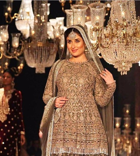 Kareena Kapoor Khan in Sabyasachi at Lakme Fashion Week 2016