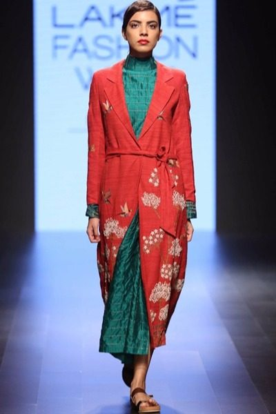 Vineet Rahul at Lakme Fashion Week 2016