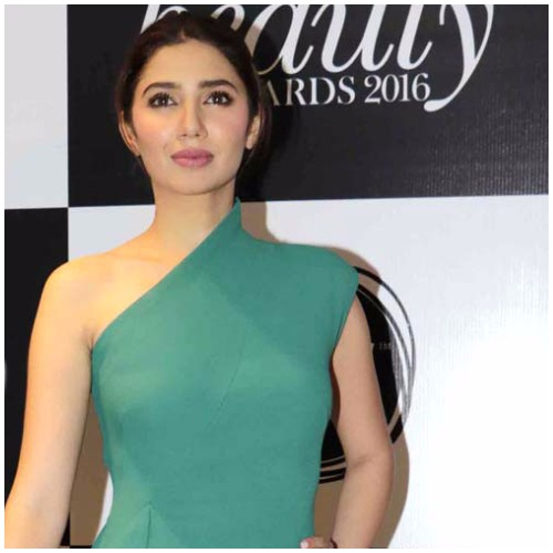 Pakistani Actress Mahira Khan Speaks Up