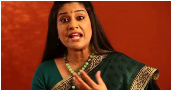 Renuka Shahane's Facebook Status on Current India Pakistan Scenario Makes a Hard-Hitting Point