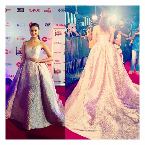 Alia Bhatt at Filmfare Awards 2017 Red Carpet!