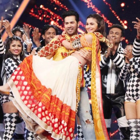 Bollywood actors Sidharth Malhotra-Katrina Kaif Alia Bhatt-Varun Dhawan, Ranveer Singh-Shahid Kapoor and others at Umang2017
