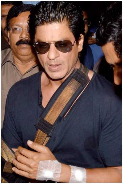 hah Rukh Khan Escapes Dangerous Accident While Shooting