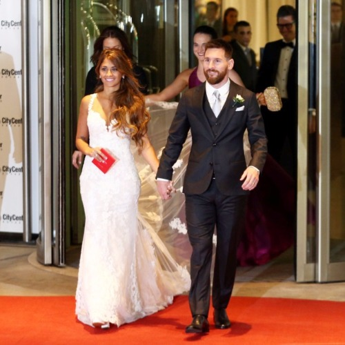 Leo Messi Married Childhood Love Antonalle in extravaganza ceremony