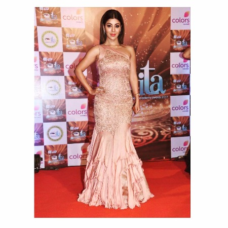 Best Dressed TV Actors ITA Awards 2017