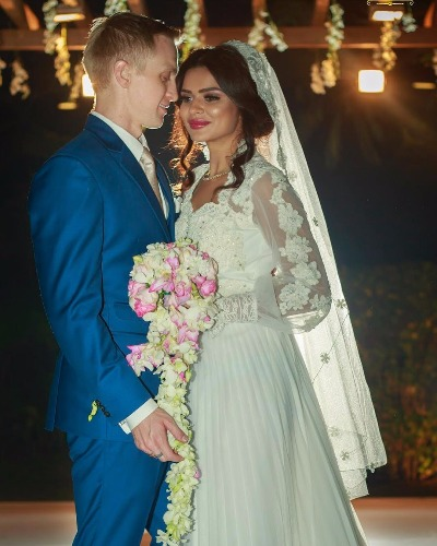 Aashka Goradia Brent Goble's Christian Wedding