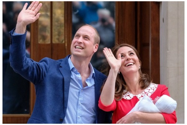 Prince William and Kate Middleton Steps Out To Introduce Their New Born Baby Boy – See Pics