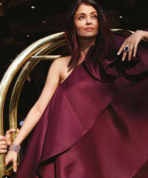 Aishwarya Rai Bachchan's Latest Photo-shoot