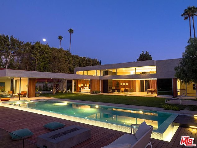 Nick Jonas mansion in Beverly hills