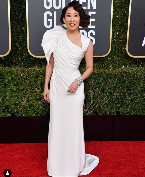 Sandra Oh Golden Globes 2019 Red Carpet