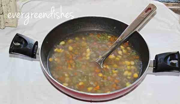 sweeet corn vegetable soup is ready sweet corn vegetable soup Sweet corn vegetable soup scvsoup9 600x349
