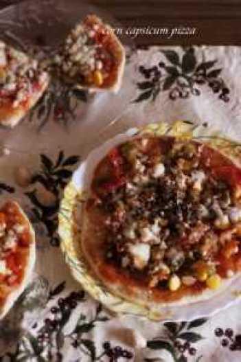 corn capsicum pizza