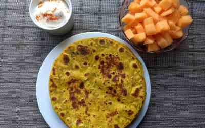 Zucchini Paratha / Thepla | Guest Post Series