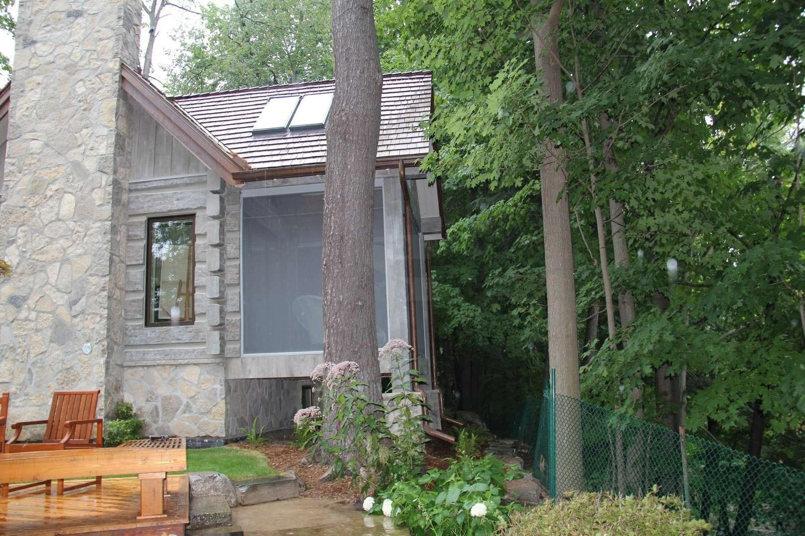 Toronto Canada Concrete Log Cabin  EverLog Systems