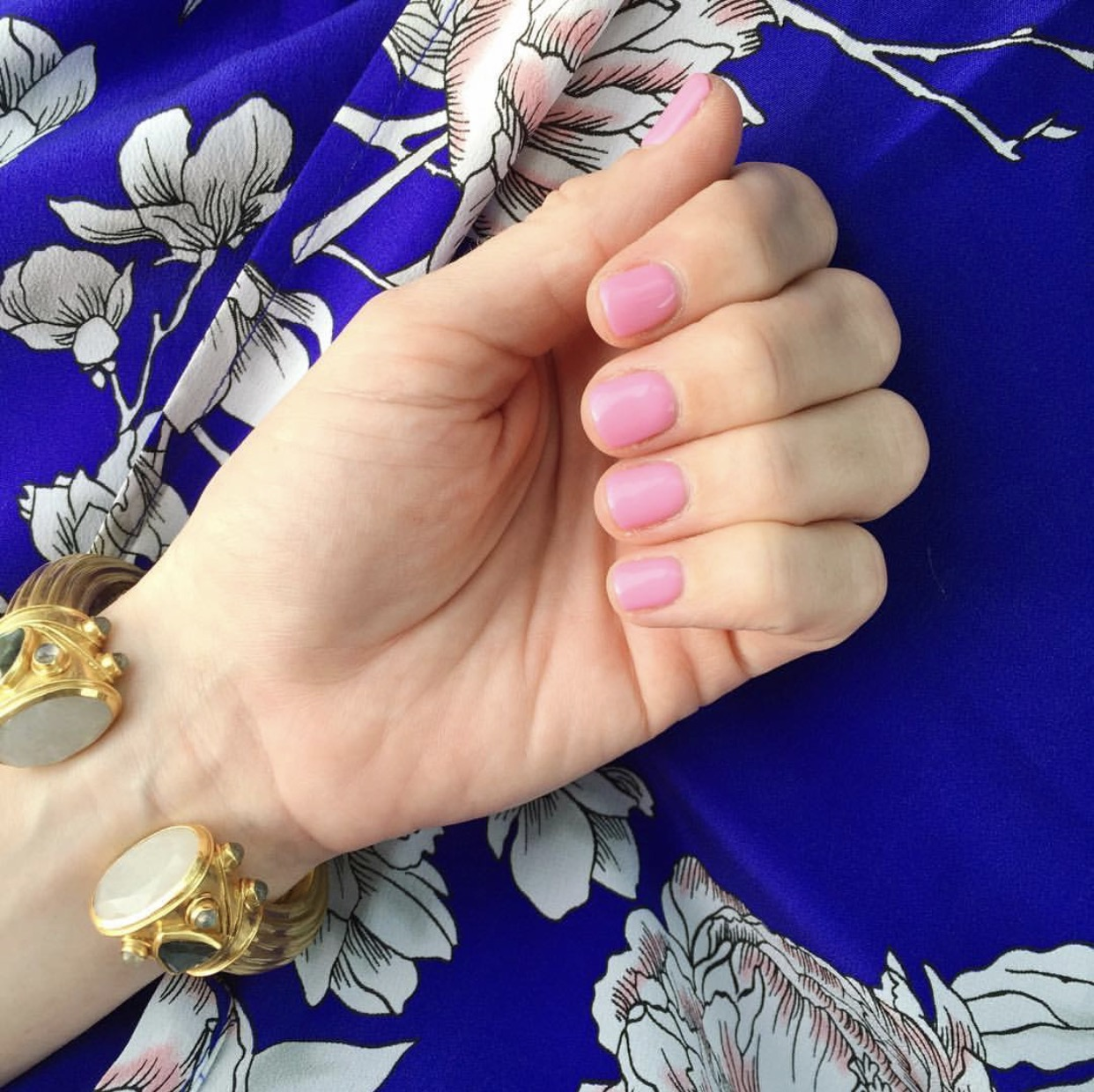 "OPI ""Look at My Bow"", Best Nail Colors for Spring"