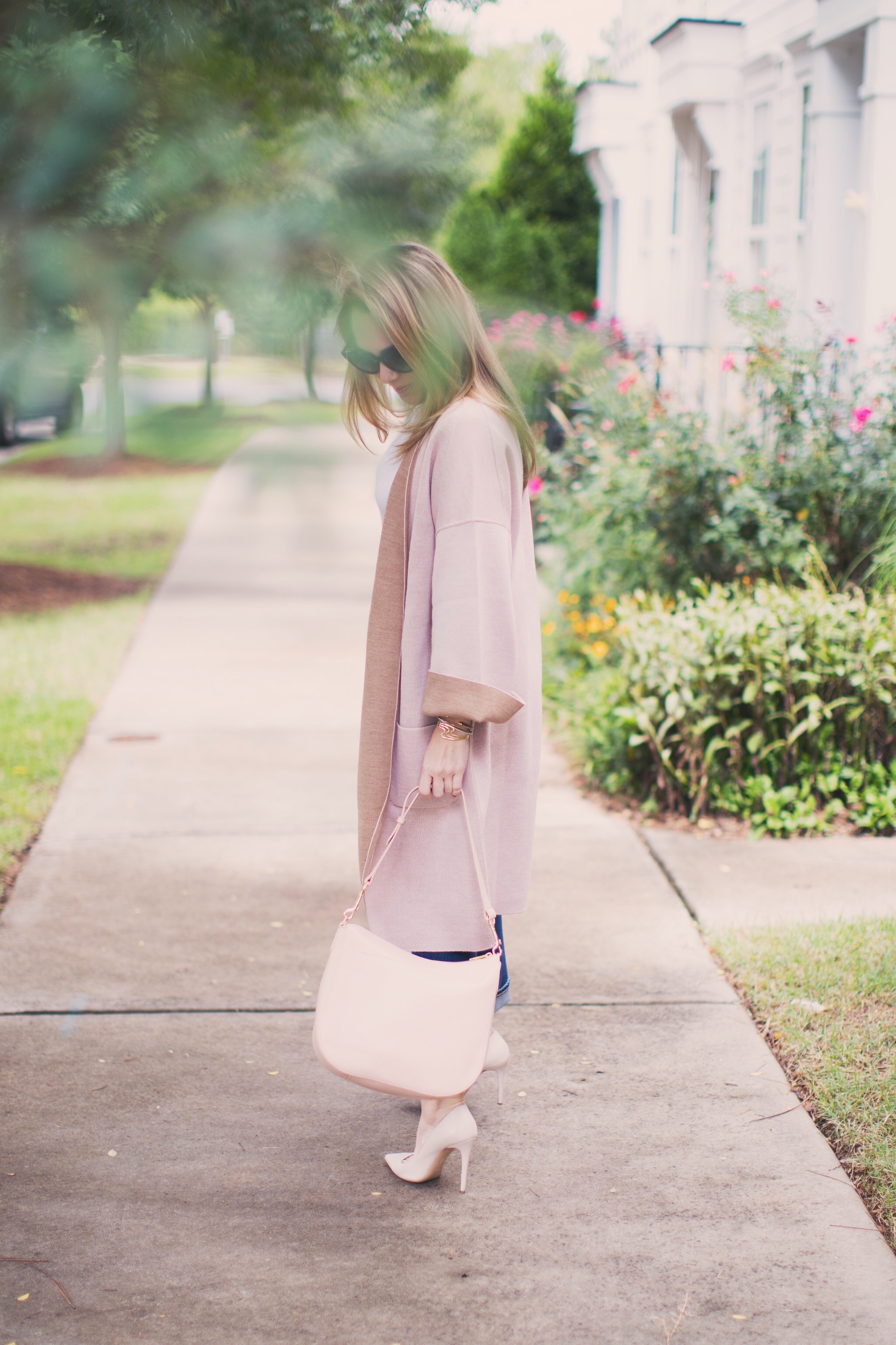 b562a2bb978 The perfect Cuyana hobo bag for Fall by NC style blogger Every Chic Way