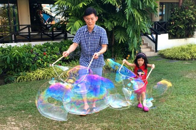 giant_bubbles2